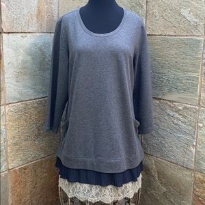 LOGO Lounge Comfort Tunic W pleated/Lace Accent